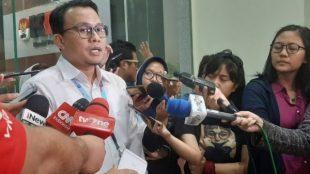 Plt. Juru bicara Bidang Penindakan KPK, Ali Fikri, saat diwawancarai wartawan, Jumat malam 13/11/2020 (Dok. Hari Setiawan Muhammad Yasin/KM)