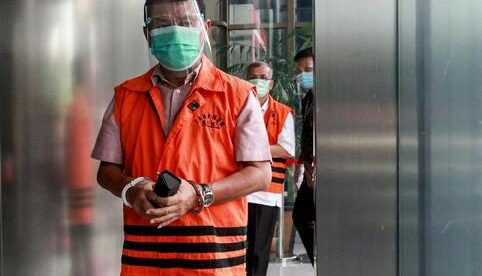 Mantan Bupati Bogor Rachmat Yasin di Gedung KPK, Senin 16/11/2020 (dok. Hari Setiawan Muhammad Yasin/KM)