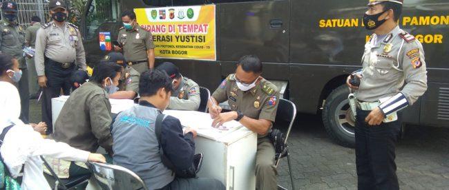 Operasi Gabungan Yustisi Gakplin Masker Protokol Kesehatan Di Wilayah Kecamatan Bogor Barat Kota Bogor (dok. KM)