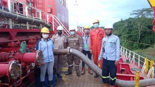 Proses Pemuatan dari tangki CPO ke kapal (dok. KM)