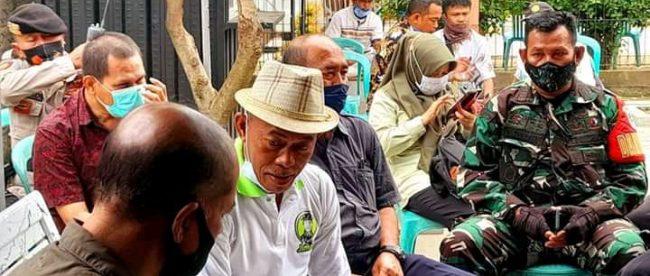 Bupati Subang Ruhimat serahkan bantuan excavator di Desa Blanakan (dok. KM)