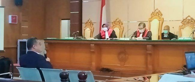 Saksi ahli hukum pidana DR. Chairul Huda SH. MH saat memberikan keterangan dalam kasus OTT Sekdis DPKPP Kabupaten Bogor (Jum'at 26/02/2021)