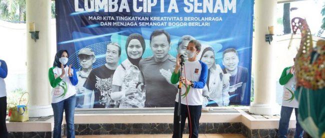 Wakil Wali Kota Bogor Dedie A. Rachim saat membuka lomba Cipta Senam Bogor Berlari, Selasa 16/03/2021 (dok. KM)