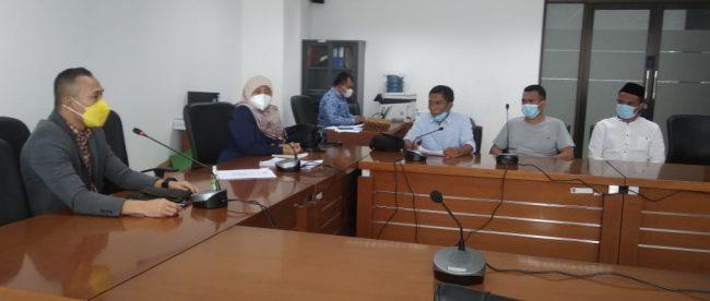 Jampe Jokowi saat beraudensi dengan Komisi II DPRD Kota Bogor, Senin 19/4/2021 (dok. KM)