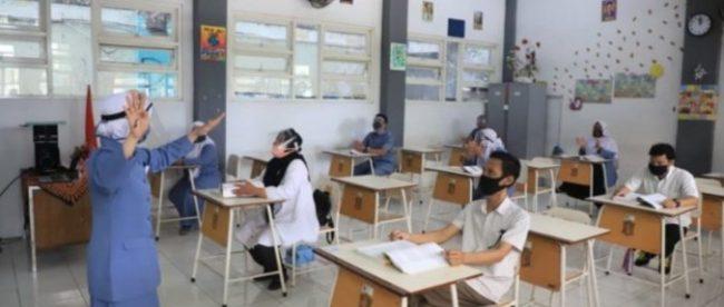 Ilustrasi simulasi belajar tatap muka (dok.suarasurabaya.net)