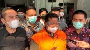 Wali Kota Tanjungbalai M. Syahrial saat ditahan KPK, Sabtu 24/04/2021 (dok. Hari Setiawan Muhamad Yasin/KM)