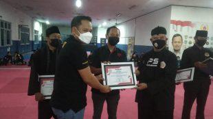 Pemberian SK Paguron Silat bagi 52 perguruan silat yang berada di bawah naungan IPSI Kota Bogor (dok. KM)