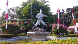 Plaza Kapten Muslihat atau Taman Topi, yang menjadi lokasi Alun-alun Kota Bogor (dok. bogorOnline.com)