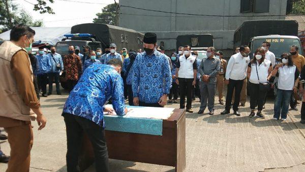 Penandatanganan kesepakatan pengambilalihan Pasar TU Kemang, Kota Bogor (Dok. KM)